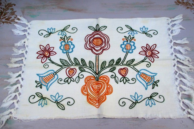 856. Vintage hand embroidered pillowcover/Hungarian hand embroidered pillowcase/Hungarian embroidery/embroidered pillowcase/tree of life