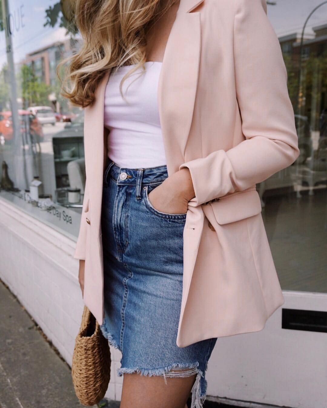 Blush blazer + denim mini . | Blazer outfits casual, Casual