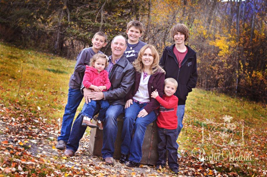 One Big Happy Family Salmon Idaho Family Photographer With