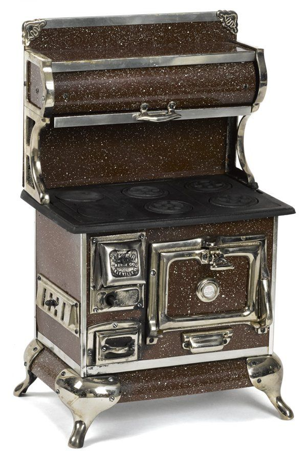 Reproduction Cast Iron Nickel And Tin Karr Ran Jul 15 2014 Pook Pook Inc In Pa Vintage Stoves Cast Iron Stove Old Stove
