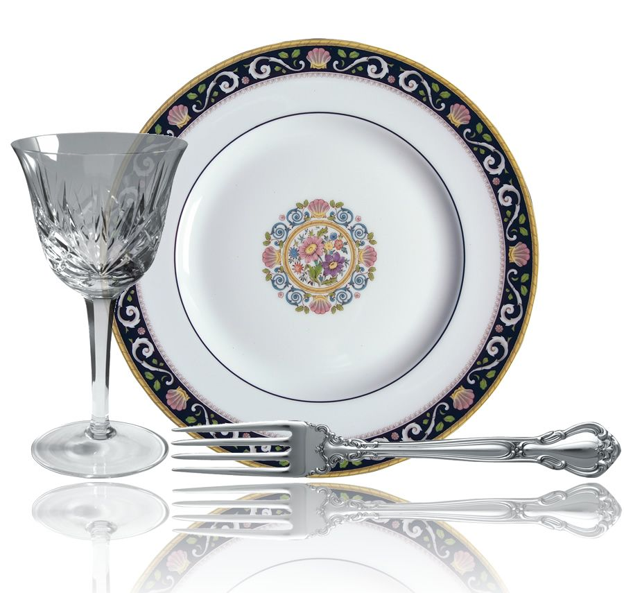 """Traditional China Patterns traditional & sophisticated tableware arrangement with """"cherrywood"""