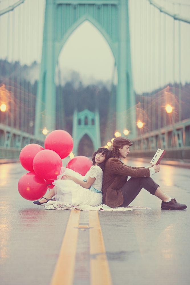 Red Balloon Themed Engagement Shoot.