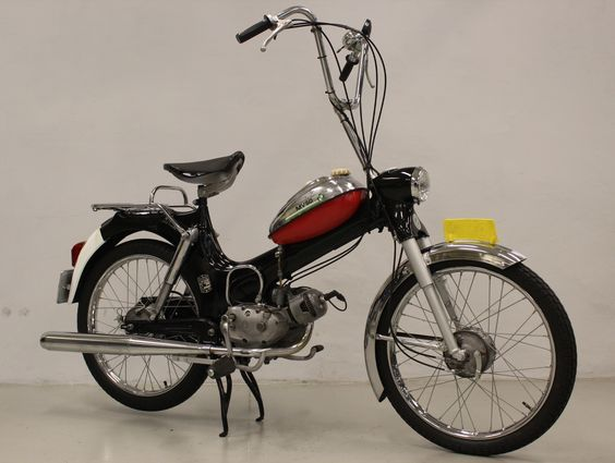 puch mv50 bromfietsen pinterest moteur thermique nostalgie et roue. Black Bedroom Furniture Sets. Home Design Ideas