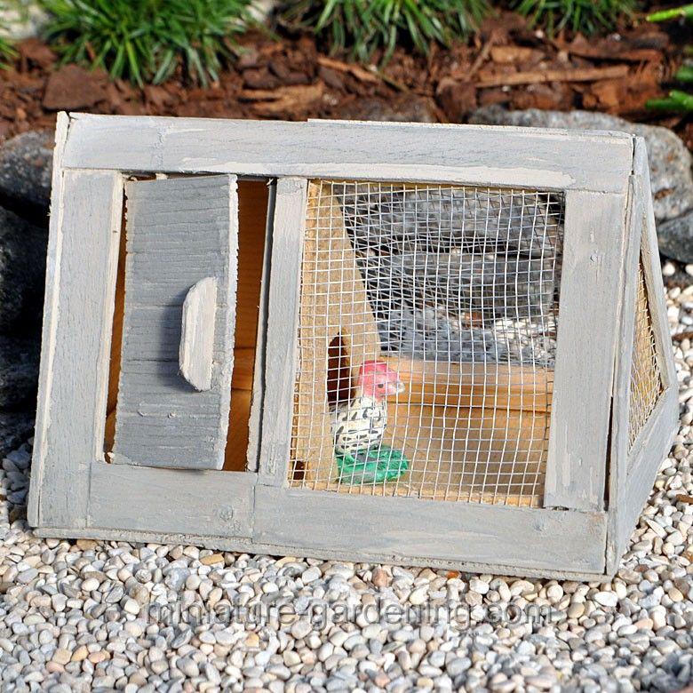 Tiny Coop with Chicken in the miniature garden #miniaturegardening #fairy