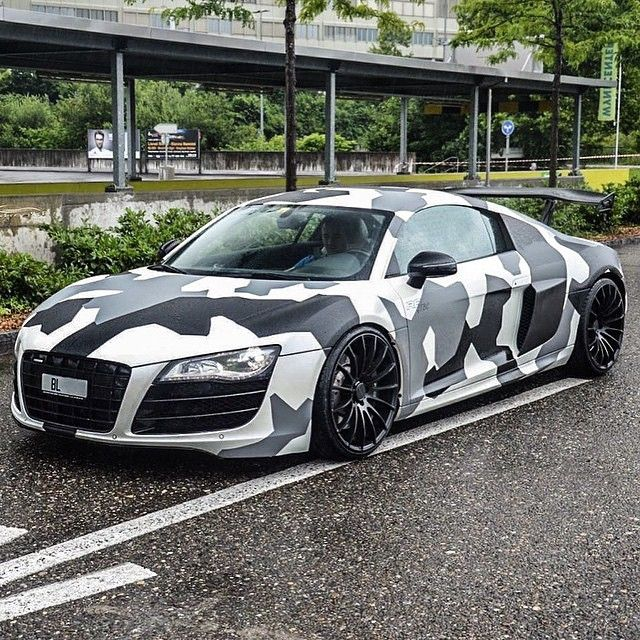 Camo Audi R8! ©@cars_in_zurich!