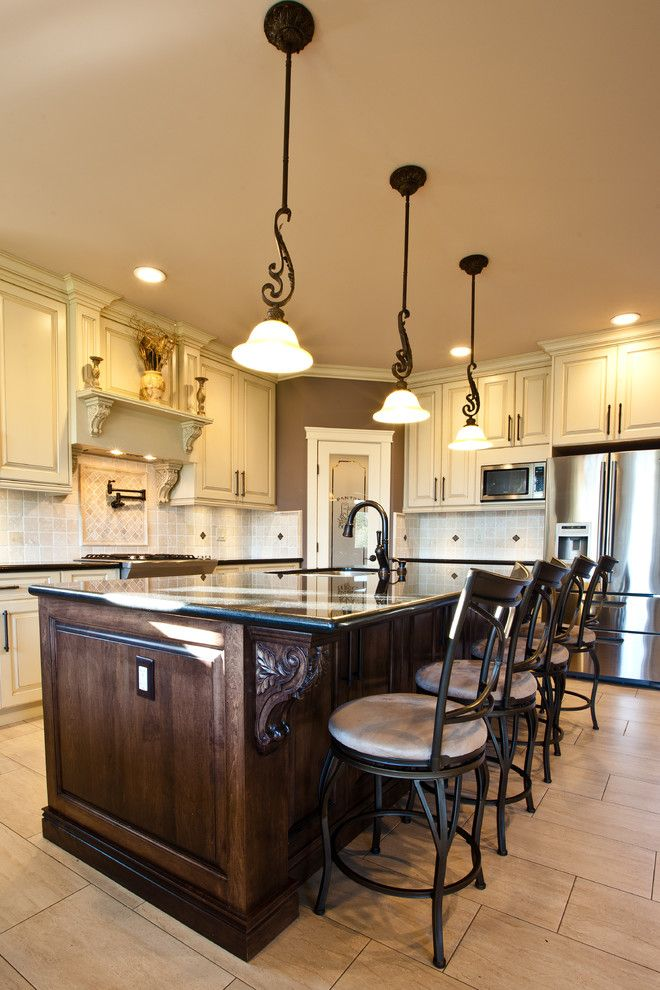 Antique White - traditional - kitchen - vancouver - Sofo ...