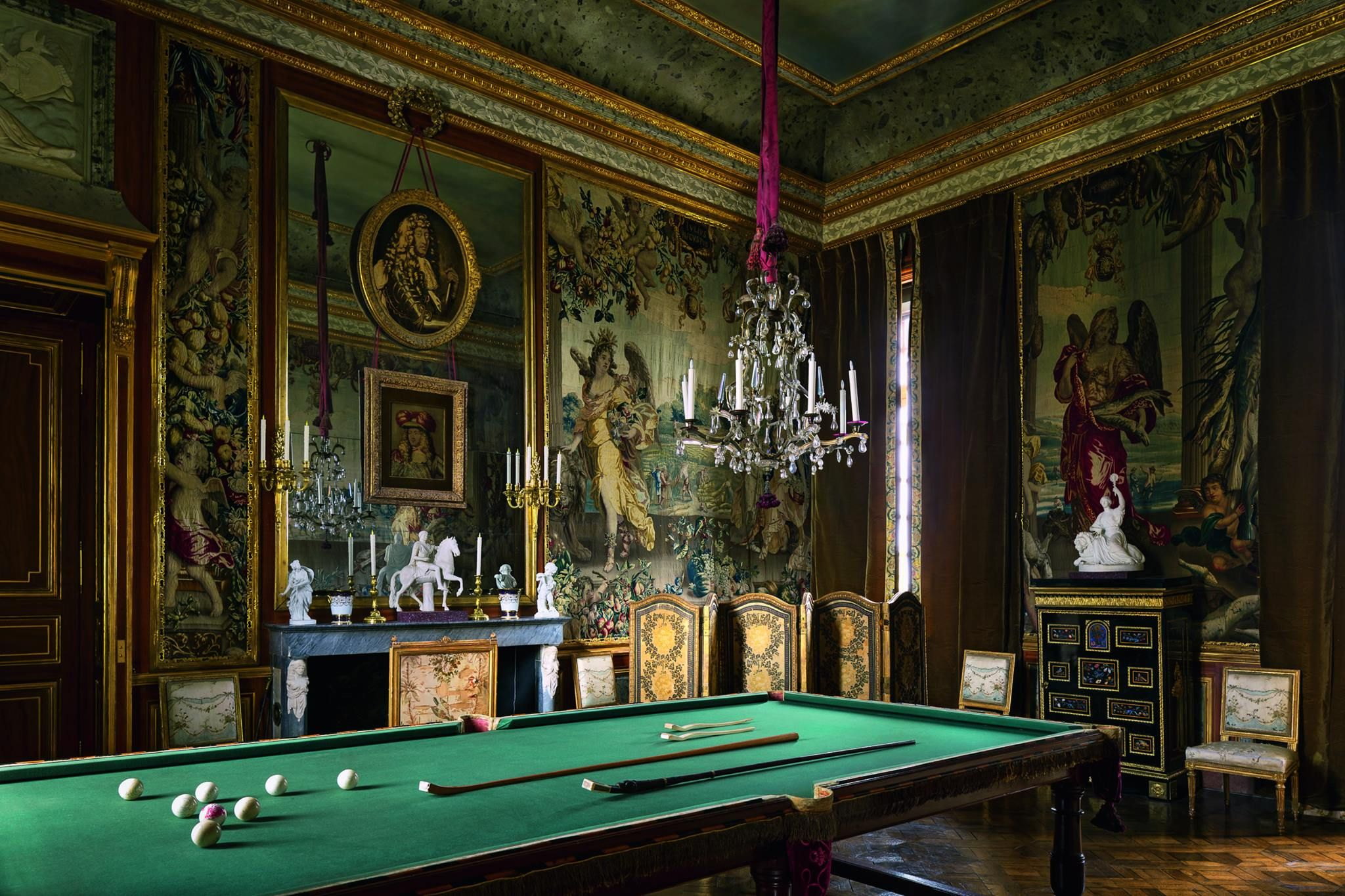 Chateau Du Champ De Bataille French Chateau Cool Rooms Game Room