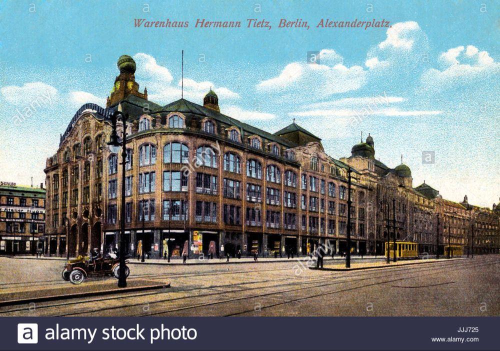 Dieses Stockfoto Kaufhaus Tietz Am Alexanderplatz Berlin Ansichtskarte Mit Beschriftung Warenhaus Hermann Tietz Berlin Alexan Kaufhaus Foto Bilder Berlin