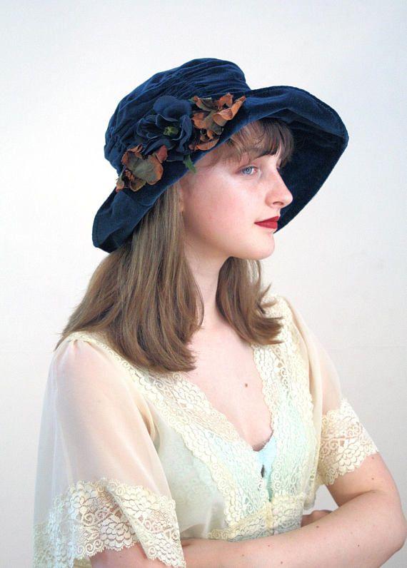 Vintage 1920s Flapper Era Blue Velvet Cloche Hat with Diamante Bow