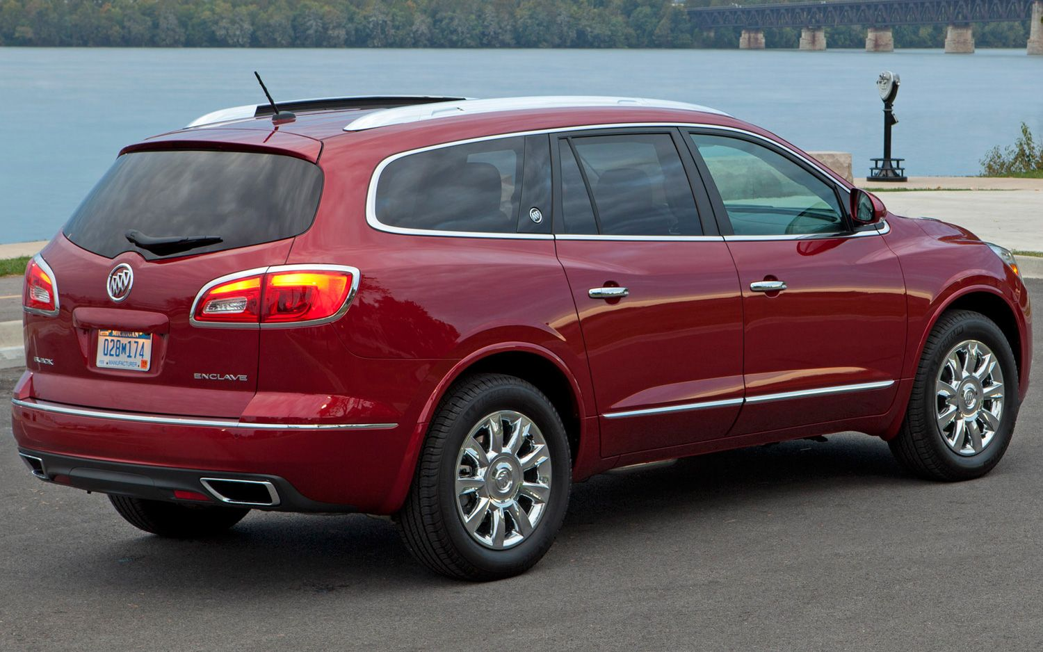 2013 Buick Enclave Rear Side View In Red Buick Enclave Buick My Ride
