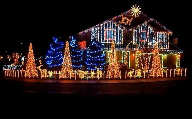 Awesome Christmas Lights On House Watch Cadger Dubstep Christmas Lights House Best Christmas Lights Christmas Lights To Music Best Christmas Light Displays Awesome live christmas lights wallpaper