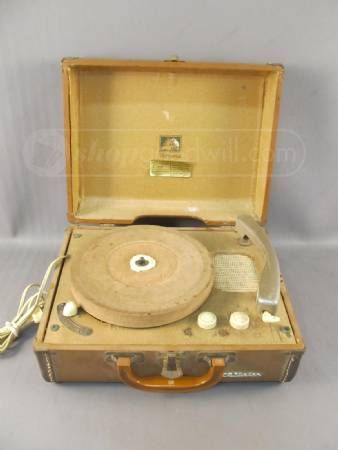 RCA Victor Victrola Record Player Model 6-EMP-2B | Put the needle on