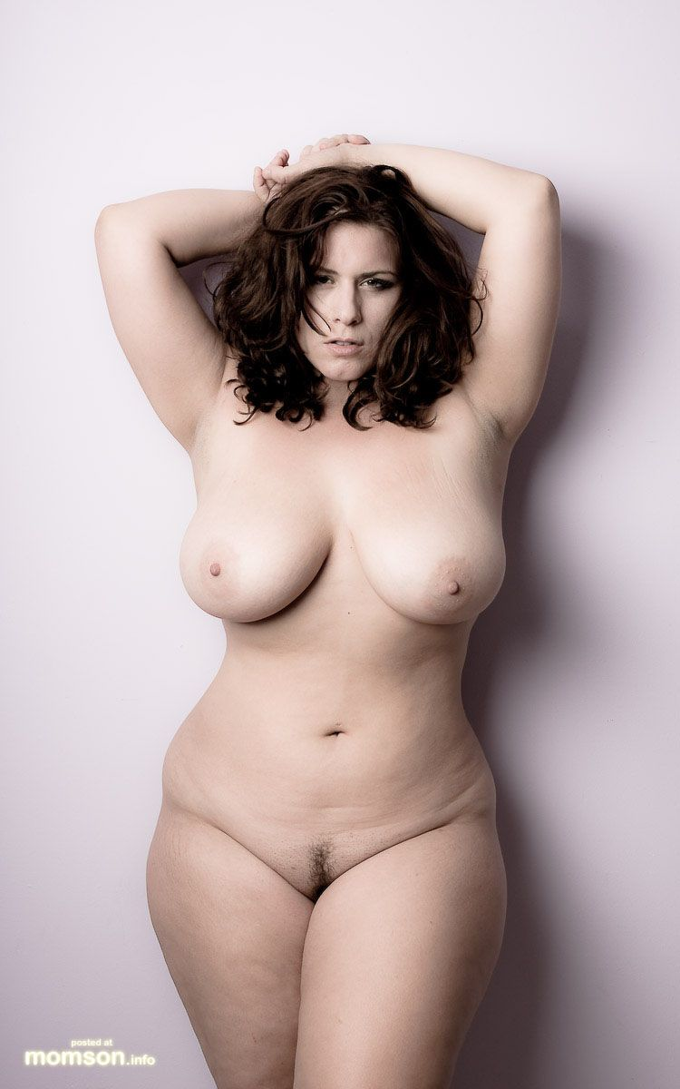 Plus size nude pictures — photo 5