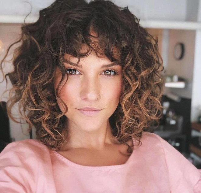 Fresh Ways To Style Your Bob For A Chic Look Haircuts For Curly Hair Curly Hair With Bangs Curly Hair Styles Naturally