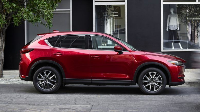 2017 Mazda Cx 5 Side View Shows Positive First Impression Cx 5 Already Persuaded Over 1 5 Million Buyers We Believe Many More Ar Mazda La Auto Show Mazda Cx5