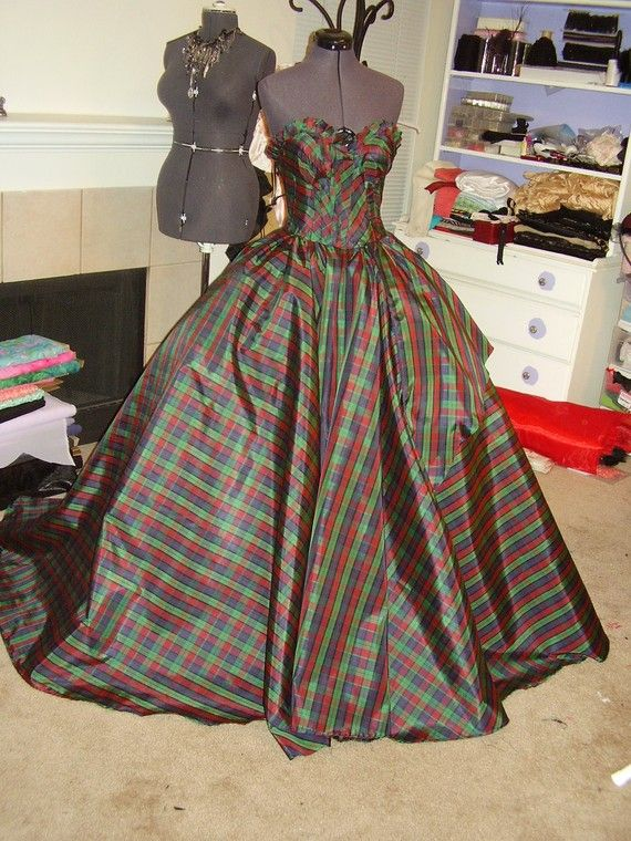 Scottish Plaid Ball Gown- PERFECT for Christmas Ball!! I love it ...