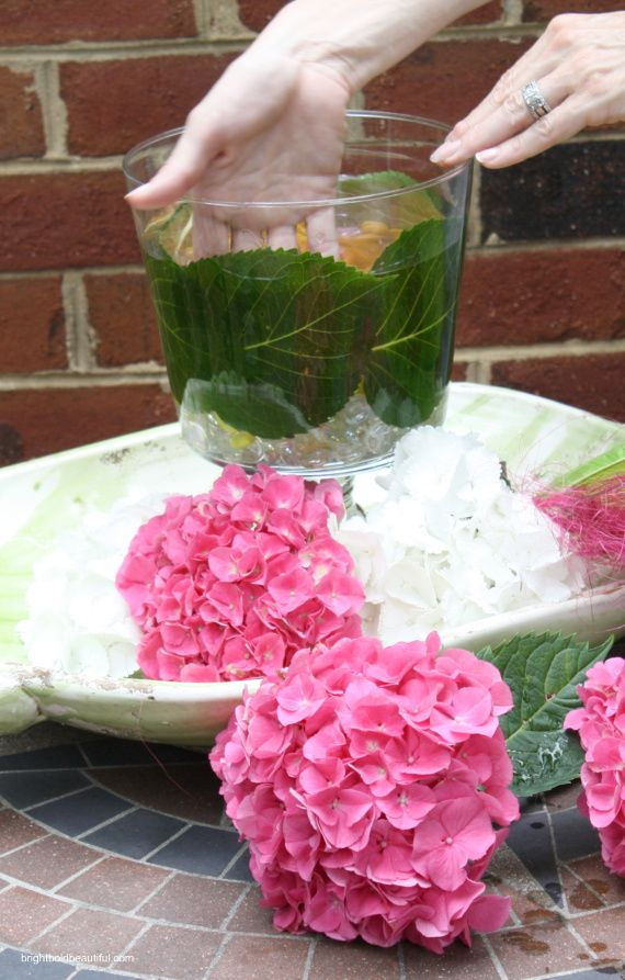 Diy Projects Hydrangea Centerpiece Bright Bold And Beautiful Easy Hydrangea Hydrangea Centerpiece Spring Diy Projects