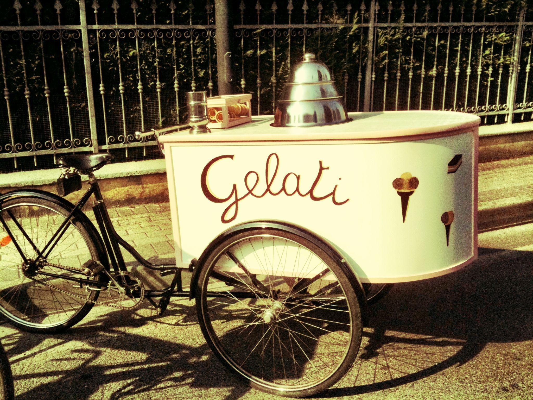 Old icecream cart ♥