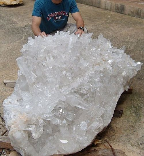 mineralogy-porn:    Largest Lemurian Qartz cluster ever found.Brazil