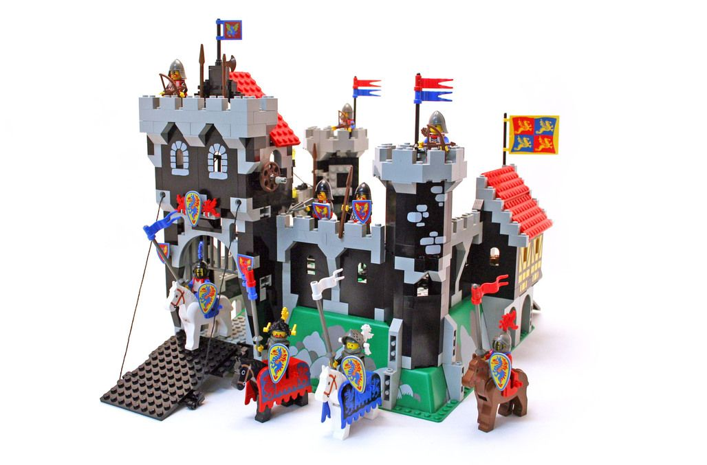 Lego Castle Instructions Google Search Jimi Chose These