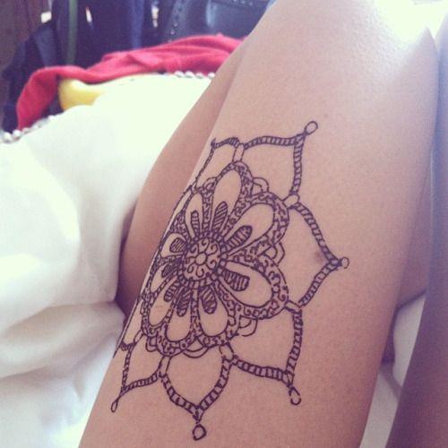 101 Mandala Tattoo Designs For Girls To Feel Alive: 101 Sexiest Thigh Tattoos For Girls #ThighTattoos