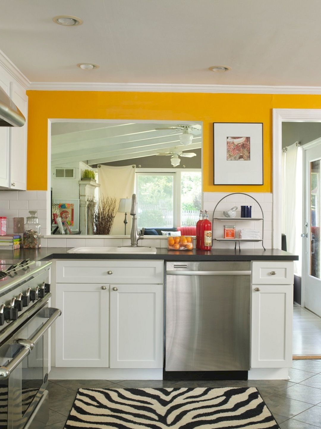 20+ Best Modern Kitchen Paint Design Ideas For Small Space ...