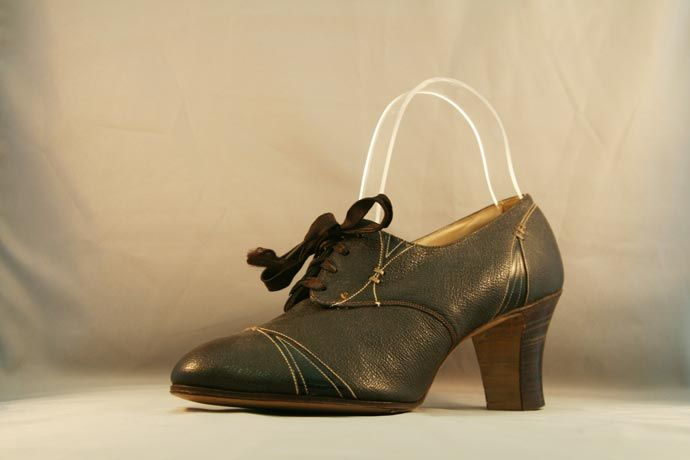1920s Womens Stacked-Heel Oxford with Deco Stitching ...