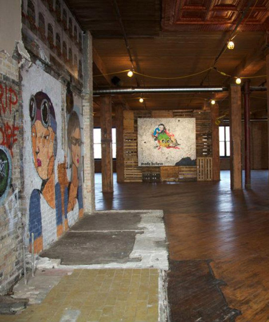 Chicagos lacuna artist lofts dujour artist loft