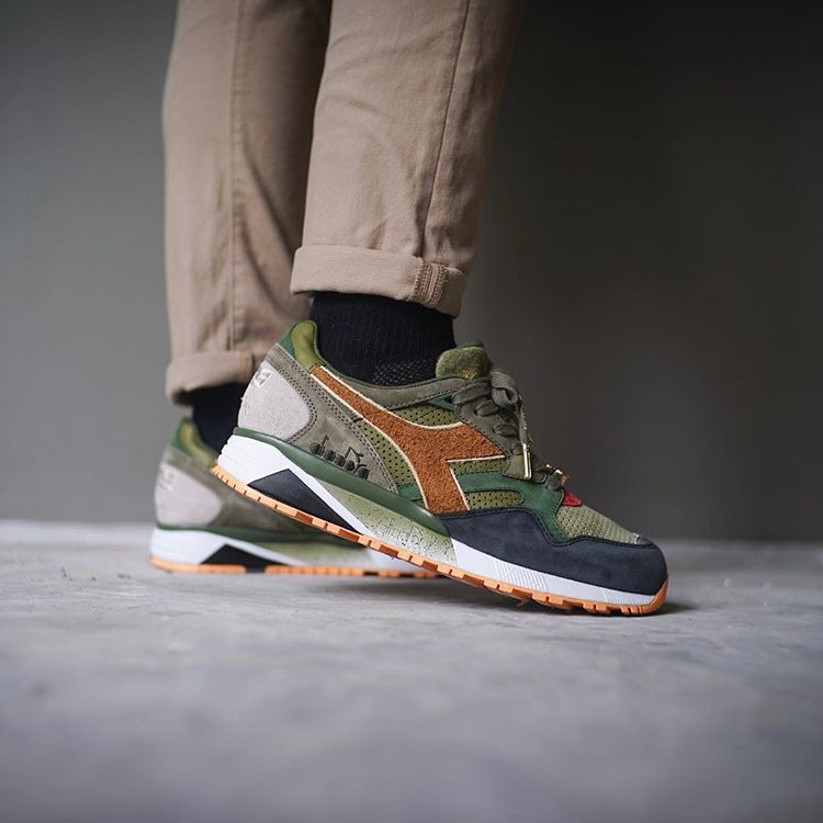 Pin on Sneakers: Diadora