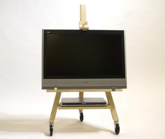 So Simple Best Idea I Ve Seen Yet For A Moveable Flat Screen Tv