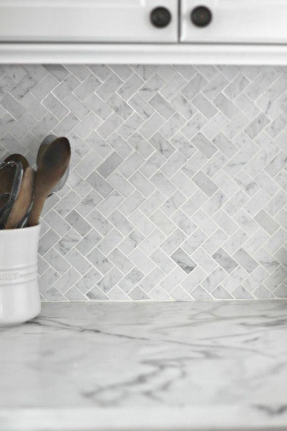 Dd1a22f3748d904c5bd6830dbcf478d8 Grey Tile Splashback Grey And White Backsplash Pontevedra Marble In 2020 Kitchen Tiles Backsplash Kitchen Backsplash Home Remodeling