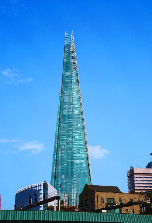 London - England (byRennett Stowe) IFTTT Tumblr