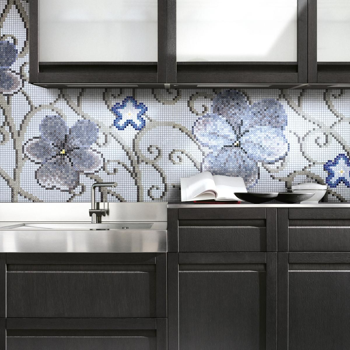 Welcome flora in your kitchen with mosaic tiles kitchen ideas welcome flora in your kitchen with mosaic tiles dailygadgetfo Image collections