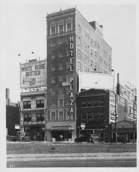 1920 S Hotel Plaza Located On Pershing Road Signboard Hill Located Across From Union Sta Kansas City Downtown Kansas City Hotels Kansas City Missouri