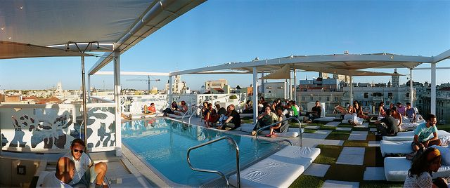 Terraza Del Room Mate Oscar Oscar Room Mate Hotel Terrace By Turismo Madrid Via Flickr Roof Architecture Green Roof System Roofing Diy