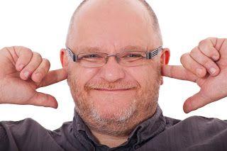 ¿Como Tratar El Zumbido En Los Oidos? Estas Son Las Causas Mas Comunes del Tinnitus y Algunos Remedios Para Combatirlo.