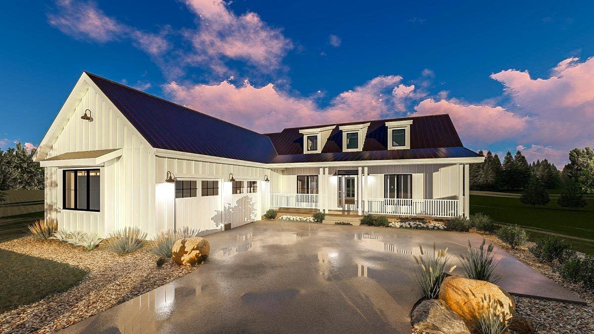 Plan 62714dj Modern Farmhouse Plan With Courtyard Garage Modern Farmhouse Plans Courtyard House Plans House Plans Farmhouse