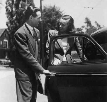 (pretty sad the only pic i could find of a guy opening a car door for his woman is an old pic!)