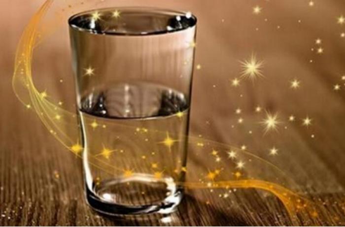 Пусть ваше желание исполнит стакан с водой | Стакан, Разное, Инжир