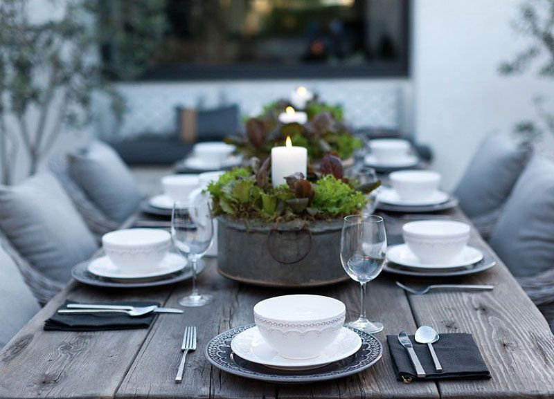 Modern Table Setting Ideas Freshome Modern Table Setting Dining Table Setting Outdoor Dining Table