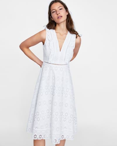 5eac3759af4d3 ROBE PERFORÉE ET BRODÉE   Sélection Zara en 2018   Pinterest   Robe ...