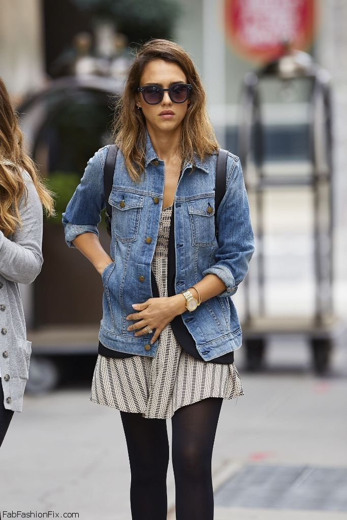 Jessica Alba autumn street style with denim jacket. #jessicaalba