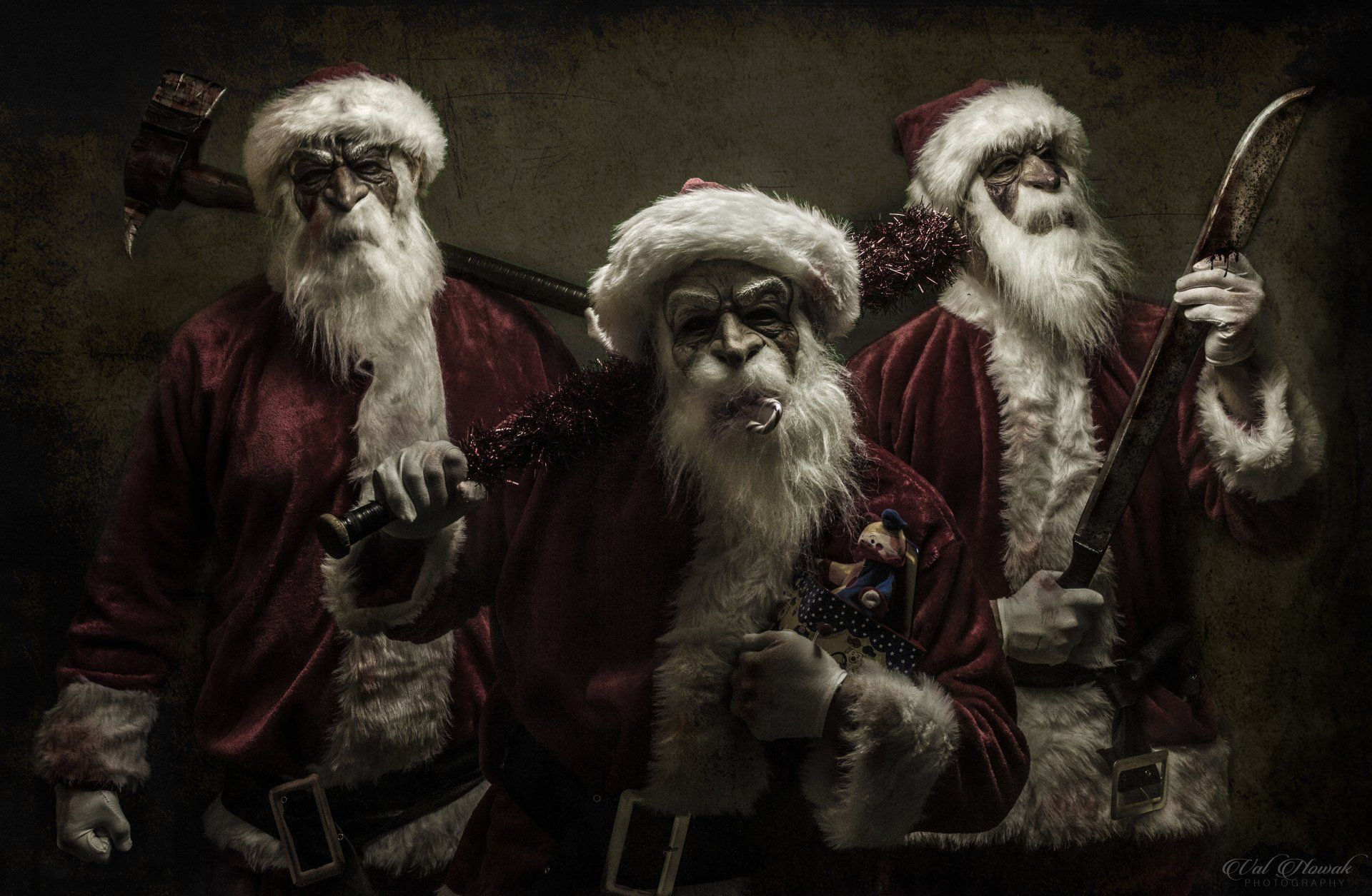 Holiday Christmas Santa Axe Dark Creepy Wallpaper