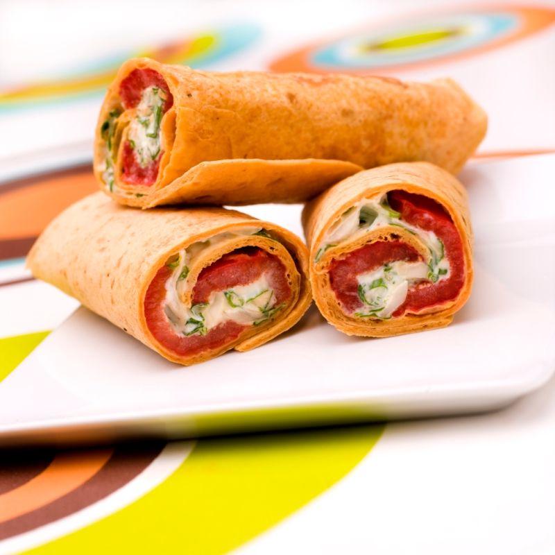 Tortilla fraîcheur au poivron. Recette : T. Debéthune. Photo : C. Herlédan. Découvrez la recette sur https://www.facebook.com/LesProduitsLaitiers/photos/a.739395296101295.1073741836.136045459769618/739395472767944/?type=3&theater  #entree #starter #appetizers #snack #miam #cuisine #gourmandise #gastronomie #produitslaitiers #dairy #gastronomy #lait #milk #delicious #foodporn #recette #recipe #food