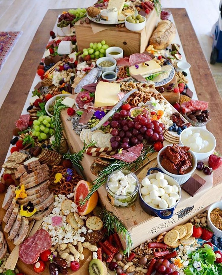 Christmas Cheese Board.Yum Christmas Party Platter Sorted Yourplattermatters