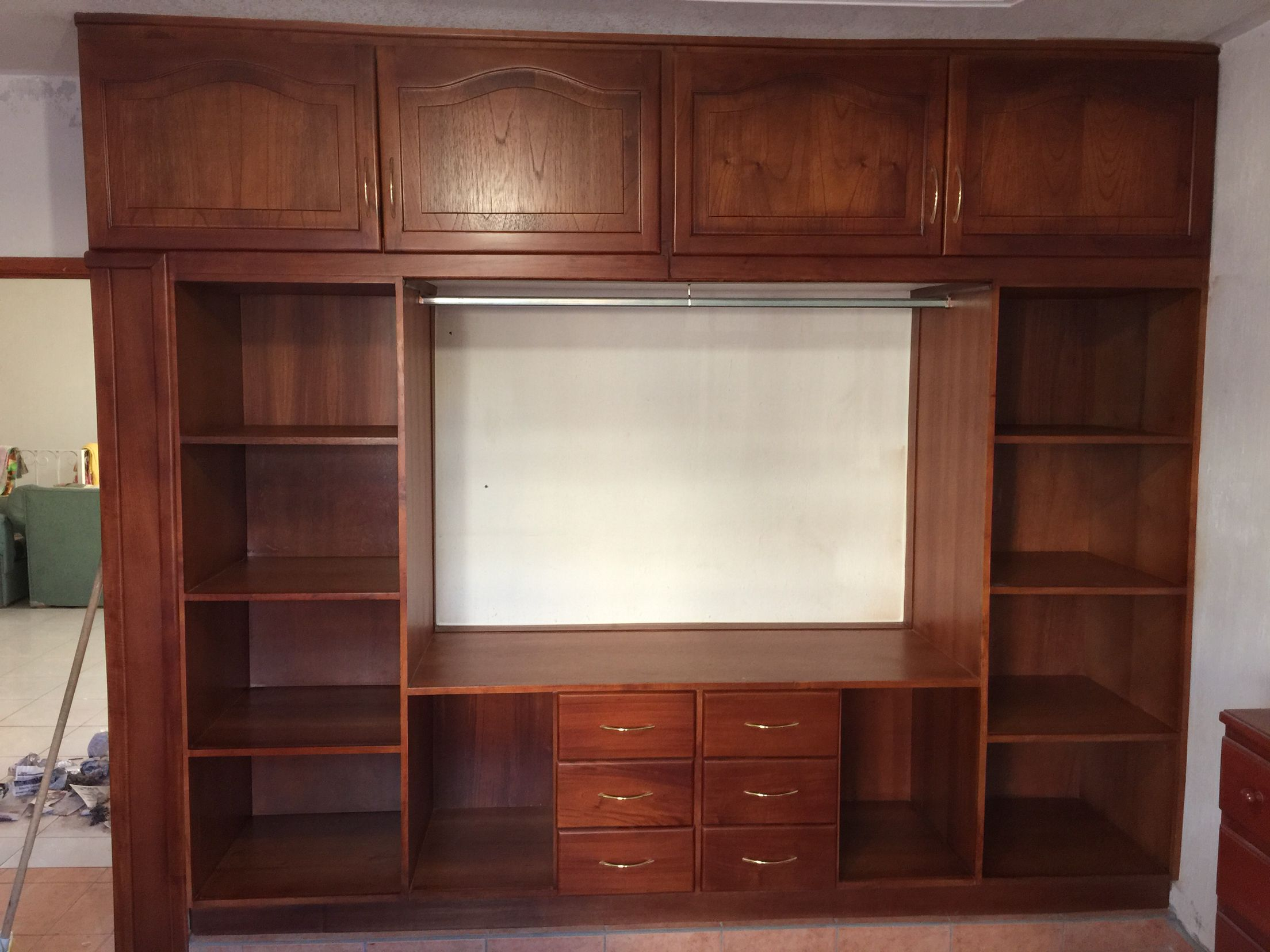 Cl set en madera de cedro puertas langarica pinterest for Closet en madera
