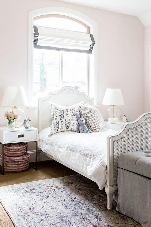 Benjamin moore melted ice cream nurseries and kid 39 s for Cream and pink bedroom ideas