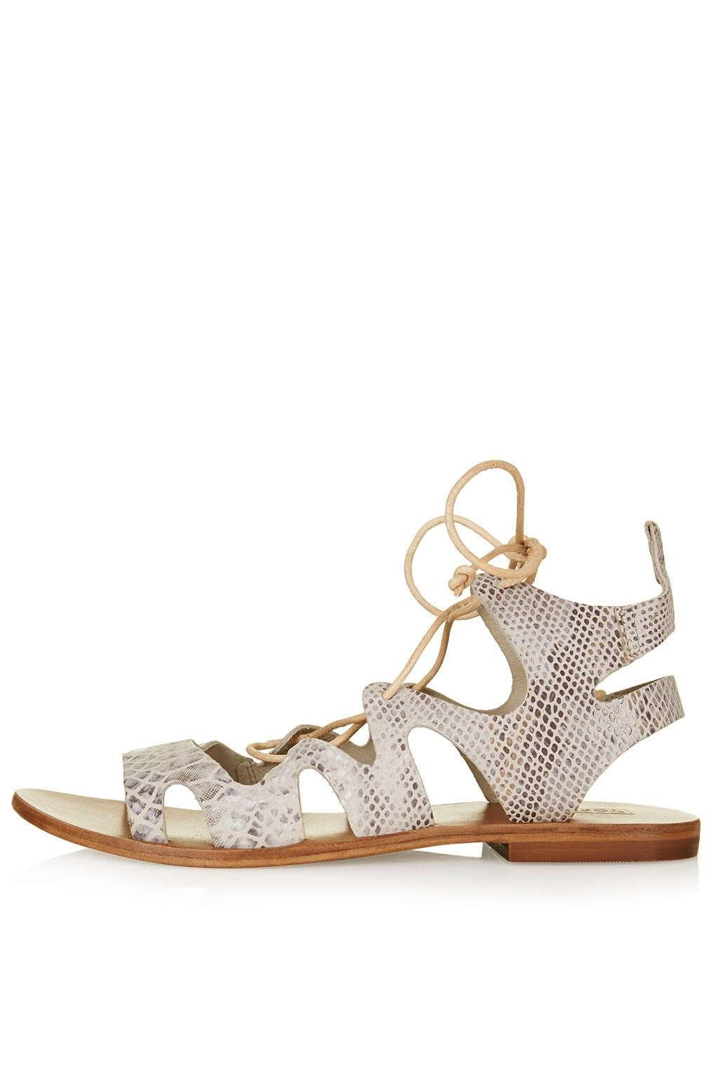 25 Stylish Spring Flats For Every Budget andOccasion