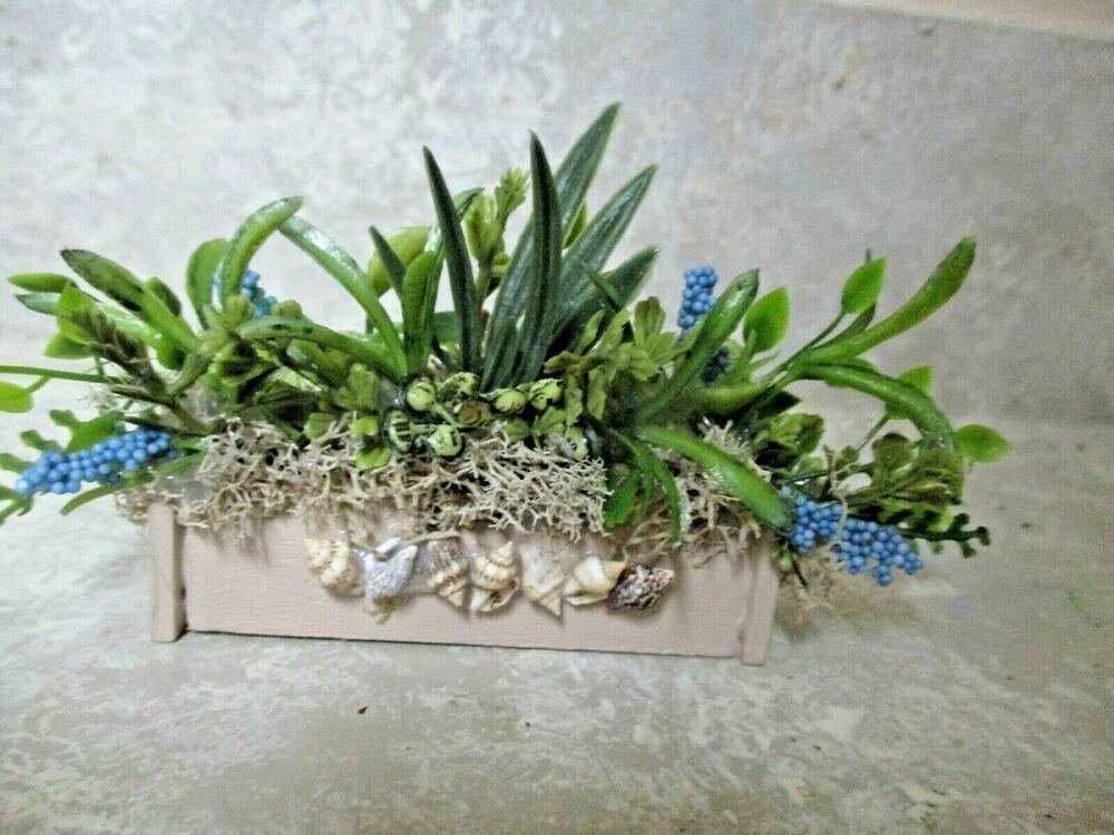 "3/"" miniature doll//dollhouse Beach Bungalow Tropical shell planter//window box"