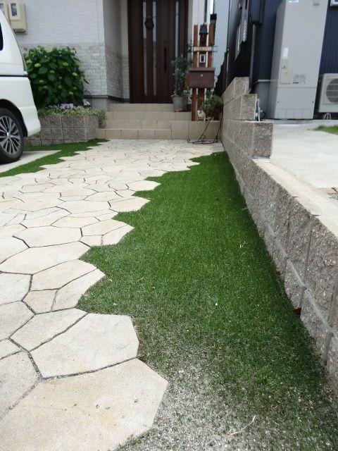 簡単 リアル人工芝の敷き方 芝庭 エクステリア 玄関